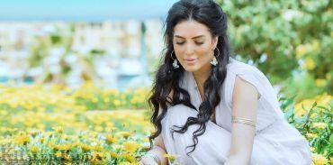 ممثلة مصرية شهيرة تلجأ الى التبني بعد ان فقدت الأمل في الانجاب