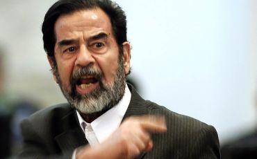"""""""شاهد"""" صدام حسين في مقطع نادر يتحدث عن إذلال أمريكا لحكام الخليج: ستجلدهم وتحلب أموالهم"""