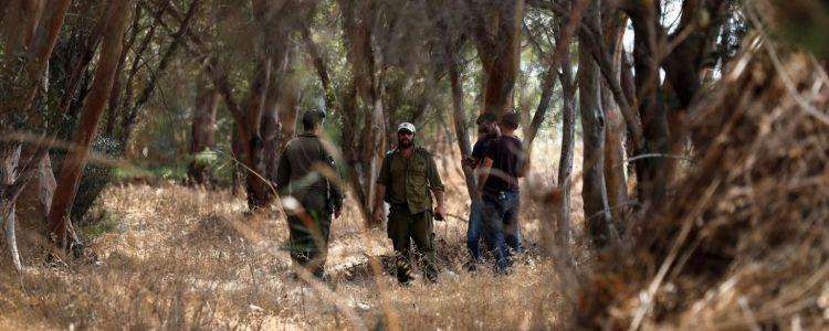 مصادر عبرية: تكلفة البحث عن الأسرى الستة بلغت 6 ملايين دولار يوميا وهي الأعلى في تاريخ إسرائيل- (صور)