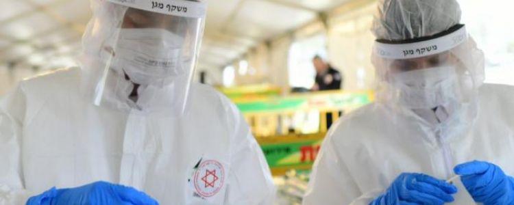 الحكومة الإسرائيلية تعيد فرض الكمامة في الاماكن المغلقة