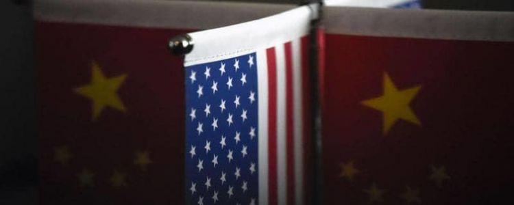 الصين تفرض عقوبات على دبلوماسيين أميركيين