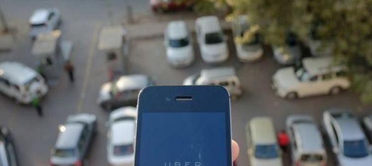 حادث اغتصاب يوقف شركة تاكسي بالهند