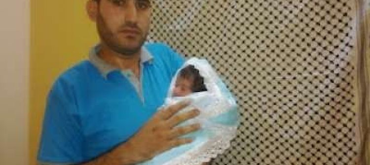 في ذكرى ميلاد أبوعمار: مواطن من غزة يرزق بمولود ويسميه ياسر عرفات