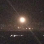 صواريخ 'مجهولة' تستهدف قاعدتين عسكريتين في سوريا