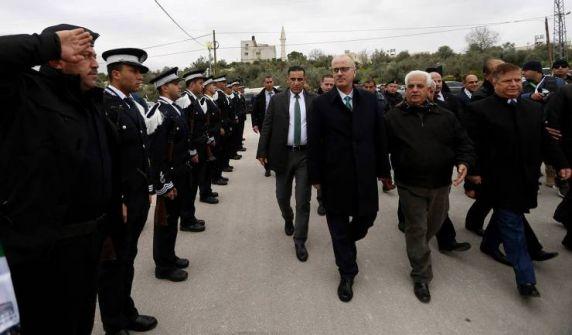 الحمد الله يطالب حماس بالمشاركة بالحكومة الجديدة