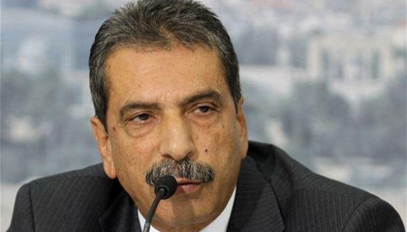 اللواء الطيراوي يوجه رسالة مفتوحة الى د.أحمد يوسف: هذا قراري ....هذا اعتذاري