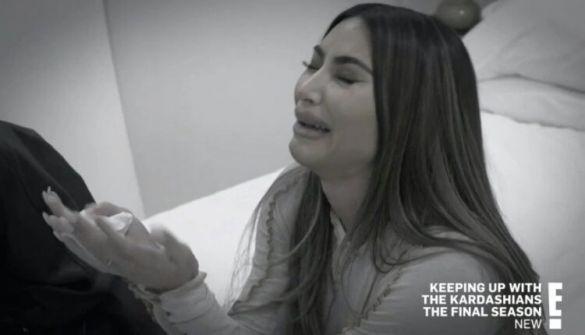 كيم كارداشيان تنهار وتبكي بسبب طلاقها وتوجّه رسالة لكانيي ويست