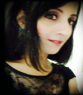 الشاعرة حنان جريس خوري هيَ ابنة حيفا والجليل