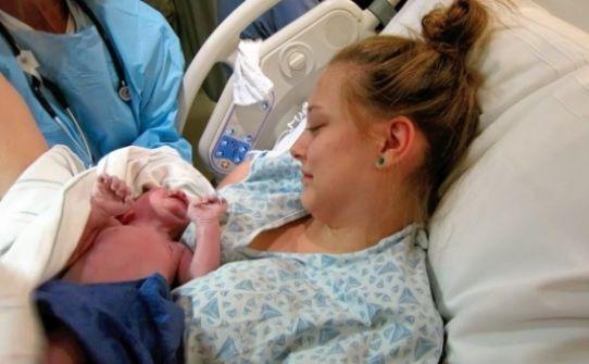 طفلة ولدت تحمل في جسمها ماءً بدل الدم
