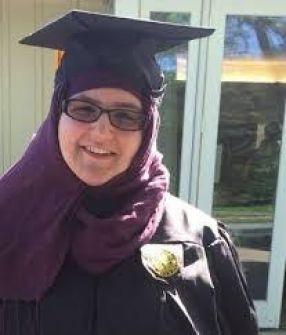 قصة المسلمة الصهيونية ...توفيق أبو شومر