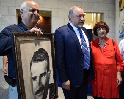 أسطورة جواسيس إسرائيل....توفيق أبو شومر