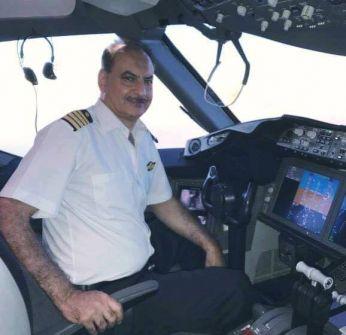 """'شاهد' الطيار الأردني صاحب مقولة """"نحن نطير فوق الأراضي الفلسطينية"""" يقيم مأدبة إفطار لجرحى مسيرة العودة"""