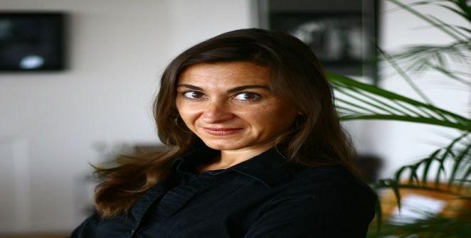 «لينسي إداريو» مصورة صحفية جذبت انتباه «سبيلبرغ» لصناعة فيلم عنها