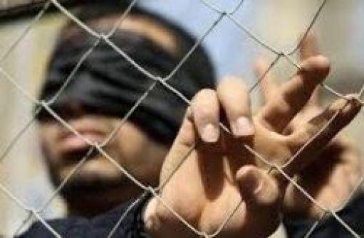 الحيوانات الزاحفة والحشرات السامة تشكل تهديدا لحياة الاسرى في السجون