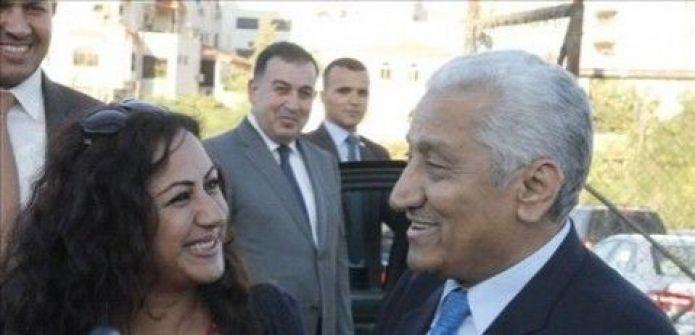 رئيس الوزراء الاردني لحرسه الخاص:وجوهكوا بتقطع الرزق خليها تتصور معي