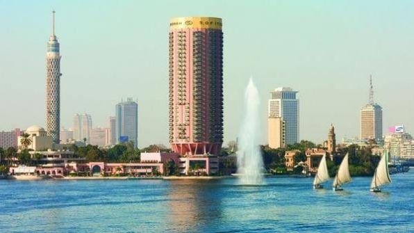 كويتي يسقط من الطابق الـ 19 بأحد فنادق القاهرة