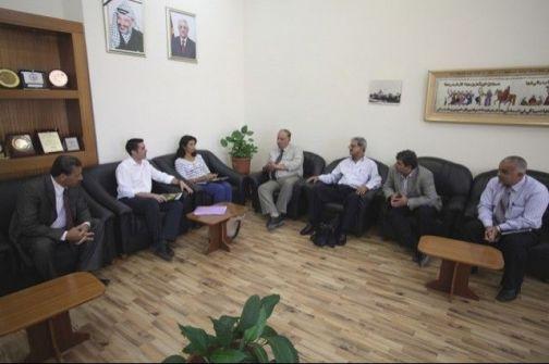 الجامعة العربية الأمريكية تبحث سبل التعاون مع وفد بريطاني