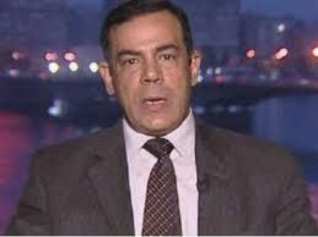 وفاة صحفي مصري يدافع عن النظام السوري