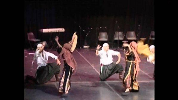 بالفيديو ... فرقة الكوفية الفلسطينية تشعل مسرح 'ارب جوت تالنت'