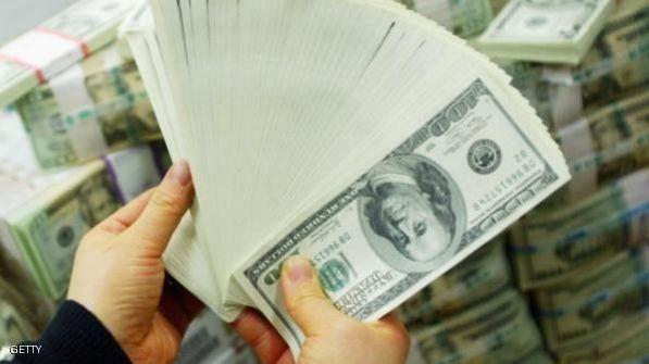 الدولار إلى أعلى مستوى منذ 11 عاما
