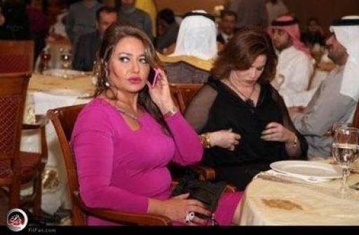 بالصور:تجاهل ليلى علوي وإلهام شاهين في دبي