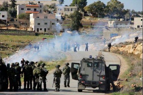 قوات الاحتلال تقتحم قرية النبي صالح وتعتقل مدرس