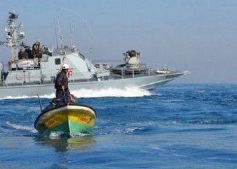 غزة: الاحتلال يستهدف مراكب الصيادين