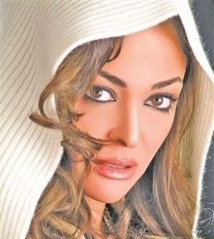 داليا البحيري: أتزوج سراً في «امرأتان»