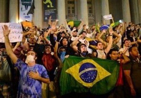 أضخم احتجاج منذ 20 عاماً: آسفون للازعاج ..البرازيل تتغيير
