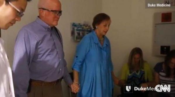 رجل أعمى يرى لأول مرة منذ 33 عاما