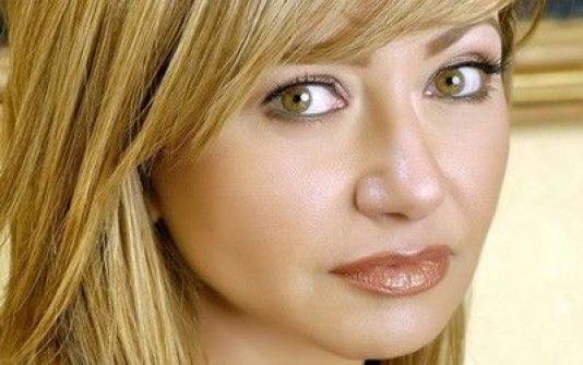 ليلى علوي تنفصل عن زوجها وانباء تؤكد هروبها الى الامارات
