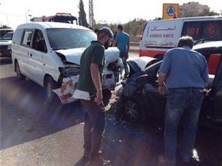 مصرع مستوطنة وإصابة 5 فلسطينيين في حادث سير