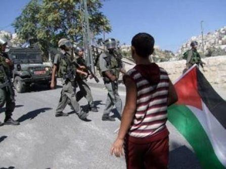الاحتلال يحتجز مواطنيْـن في الشيخ جراح