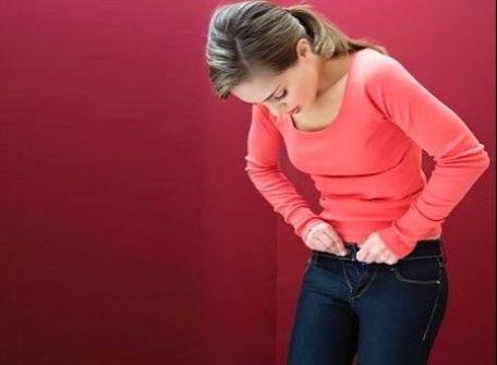 خطورة الملابس الضيقة على النساء