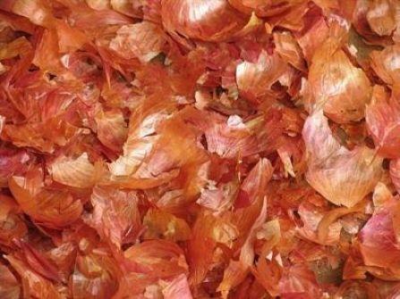 لا ترمى قشور البصل بعد الان لانك ستندهش من فوائدها المذهلة !