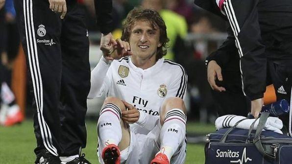 الإصابة تنهي موسم مودريتش مع ريال مدريد