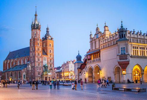 بولندا تلغي زيارة وفد إسرائيلي لبلادها