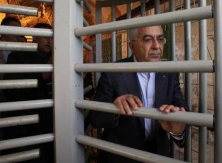 صحيفة تكشف: السنوار رفض طلباً تقدم به سلام فياض للقائه في غزّة