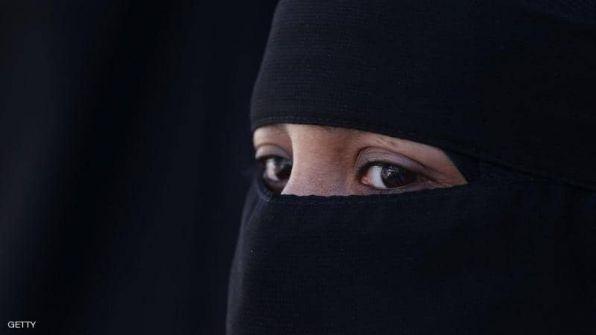 سريلانكا تحظر النقاب في الأماكن العامة بعد الهجمات