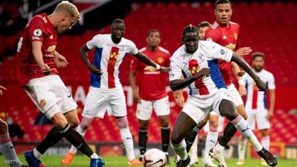 هزيمة مفاجئة لمانشستر يونايتد.. و'الفار' بطل اللقاء