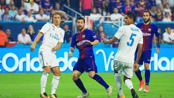 برشلونة يقهر ريال مدريد في كلاسيكو ودي مثير