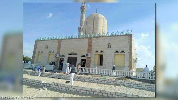 مجزرة داخل مسجد.. 235 قتيلا بهجوم في شمال سيناء