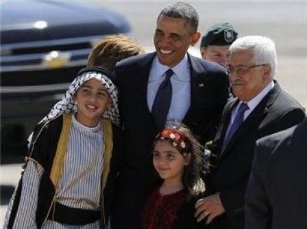 أوباما ينحني للعلم والسلام الوطني في رام الله