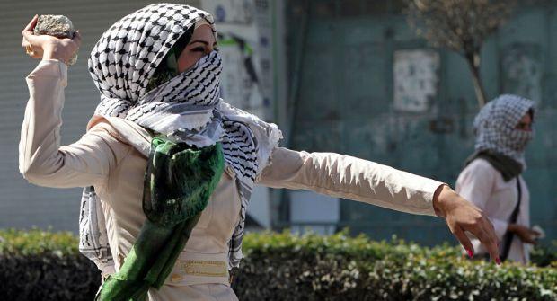 معاريف: الانتفاضة الثالثة قد اندلعت بالفعل