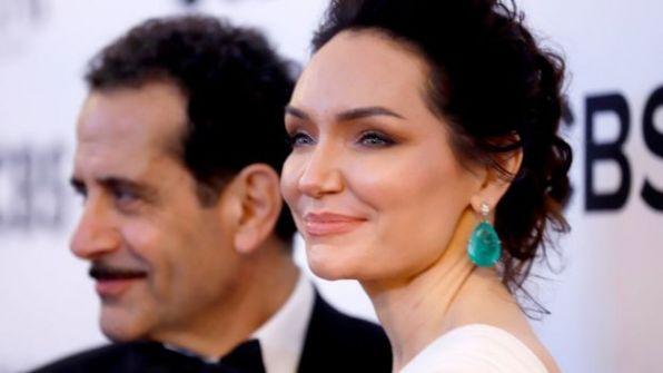 مسرحية عن فرقة مصرية تضل الطريق في إسرائيل تحصد 10 جوائز توني