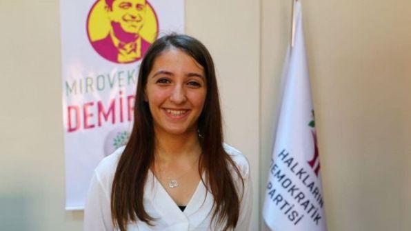 ديرسم داغ: حكاية أصغر نائبة في تاريخ البرلمان التركي
