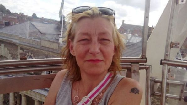 تحقيق جنائي في موت امرأة بريطانية تعرضت لغاز الأعصاب نوفيتشوك