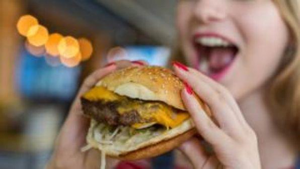 ما هي الدول التي تستهلك أكبر كميات من اللحوم؟