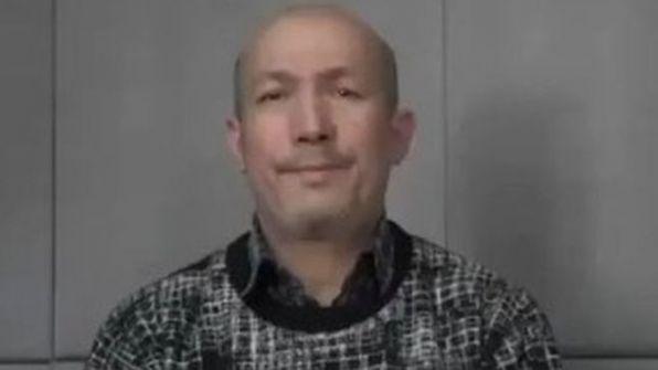 كيف ردت الصين على تقارير حول 'وفاة موسيقي مسلم شهير بمركز اعتقال'؟
