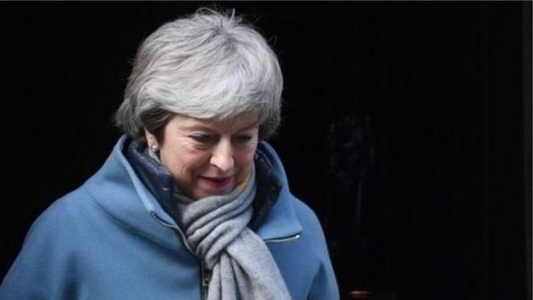 تيريزا ماي مطالبة بالتخلي عن منصبها لإنقاذ صفقة خروج بريطانيا من الاتحاد الأوروبي